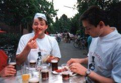 Vatertag--Dirk-beim-Essen.jpg